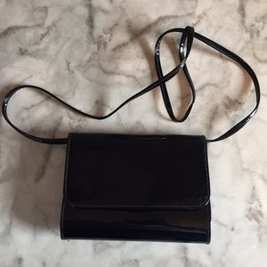 Handbags - NWOT Black Patent Purse